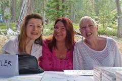 Omnec Onec, Anja Schäfer, and Irmgard Huwyler